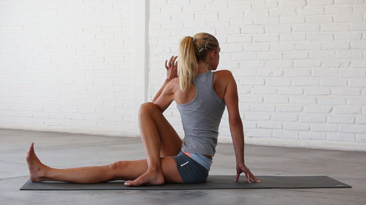 Morning stretching exercises to Build a Better Body